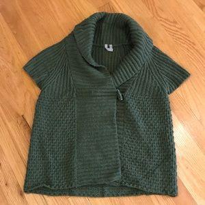 3/$22. CASLON Olive Green SHRUG Sz M